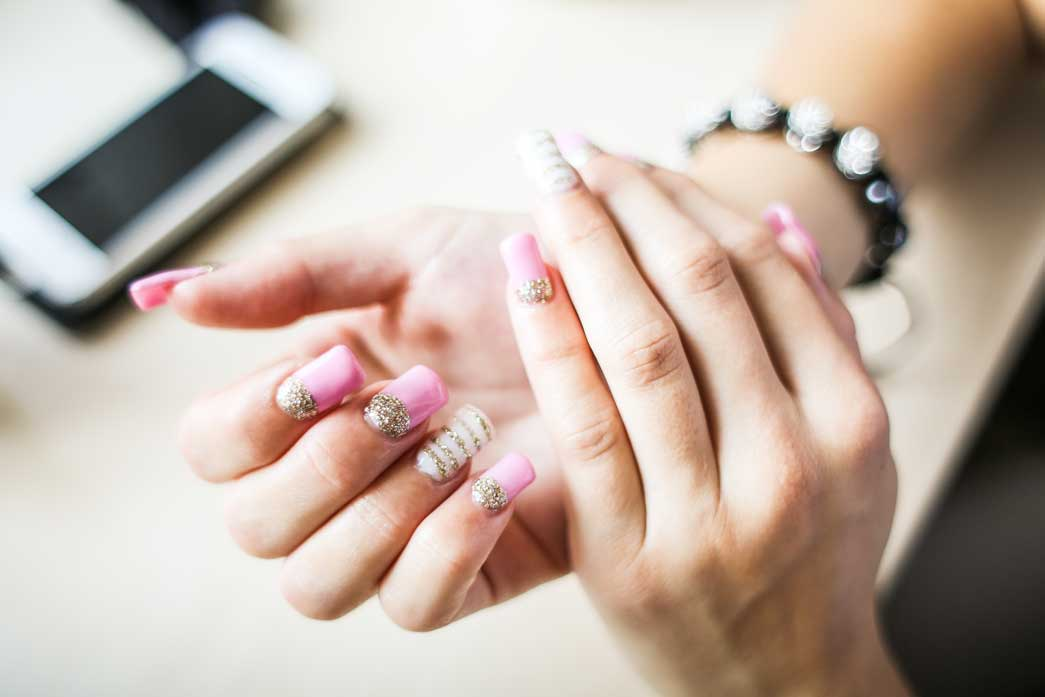 How To Safely Remove Sns Nails at Home