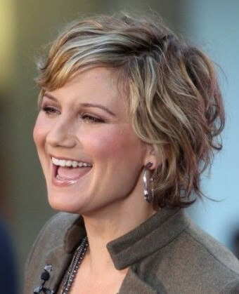 image 20210418 205327 short hairstyles for over 40 and overweight 3
