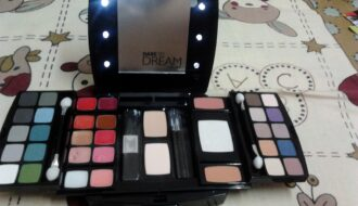 Oriflame Queen of Night Makeup Palette Review